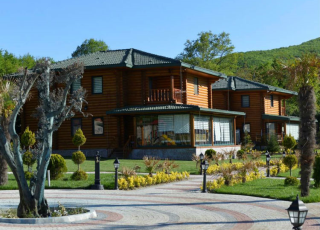 Luxury Farmhouse For Sale In The Unspoiled Nature Of Çatalca